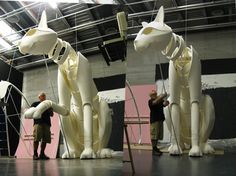 Roger Titley testing the movement of the sitting cat Marionette Puppet, Puppets, Human Puppet, Giant Cat, Puppet Making, Puppet Show, Cosplay, Cat Sitting, Stage Design