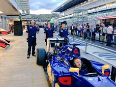 Sauber Boys in the Pitlane at Sochi