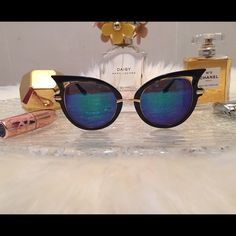 Retro Cat Eye Sunglasses  Retro cat eye sunglasses with UV 400 protection. Price firm unless bundled. Accessories Sunglasses