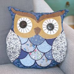 original_vintage-patterned-owl-cushion.jpg (900×900)