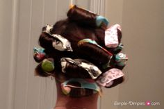 Simple Dimples: DIY Fabric Hair Rollers without the plastic thingy Hair Rollers Tutorial, Diy Hair Rollers, Foam Rollers, Retro Hairstyles, Curled Hairstyles, Hairdos, Curling Iron Hairstyles, Diy Beauty, Beauty Ideas