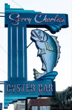 Sorry Charlie Oyster Bar, Savannah, Georgia © 2016 Patty Hankins