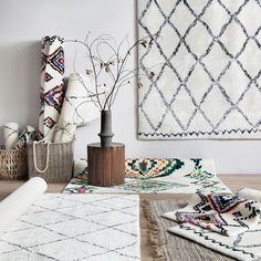 Cheap indian rugs, Buy Quality designer rugs directly from China rug design Suppliers: collalily Nordic Morocco style Kilim handmade Carpet geometric Bohemia Indian Rug plaid striped Modern black white red design