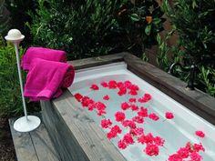 Covert Outdoor Bath Designed by Jamie Durie