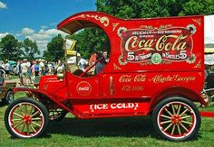1915 Model T Ford Coca Cola delivery van Coca Cola Vintage, Coca Cola Ad, Always Coca Cola, World Of Coca Cola, Ford Classic Cars, Classic Chevy Trucks, Chevy Classic, Antique Trucks, Vintage Trucks