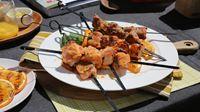 Diva Q brought us a recipe for the best orange ginger marinade pork kebabs, ever. Pork Kabob Marinade, Pork Skewers, Kebabs, Healthy Meats, Healthy Recipes, Ginger Pork, Kebab Recipes, Barbecue Recipes, Bbq