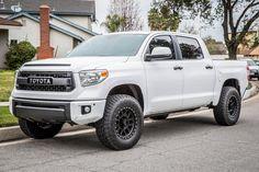 Explore Vitoe Le's photos on Photobucket. Toyota Tundra Lifted, Toyota Tundra Trd Pro, Lifted Ford, Lifted Trucks, Toyota Tundra Accessories, Toyota Tundra Platinum, Tundra Truck, Toyota Trucks, Ford Trucks