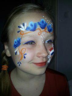 Koninginnedag schmink. Net een Delfts blauw bordje uit Holland.