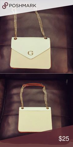 Guess Clutch Handbag Small Guess Clutch, Perfect size to go out with. Guess Bags Clutches & Wristlets