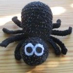 free spider crochet pattern by the Mad Crochet Lab