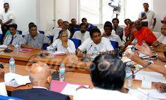 மீதொட்டமுல்ல மக்களுக்கு தேவையான உதவிகளை வழங்குவதில் பணத்தை ஒரு தடையாகக் கருதவேண்டாம் : ஜனாதிபதி                        மீதொட்டமுல்ல குப்பை மேட்டின் ஒரு பகுதி இடிந... Check more at http://tamil.swengen.com/%e0%ae%ae%e0%af%80%e0%ae%a4%e0%af%8a%e0%ae%9f%e0%af%8d%e0%ae%9f%e0%ae%ae%e0%af%81%e0%ae%b2%e0%af%8d%e0%ae%b2-%e0%ae%ae%e0%ae%95%e0%af%8d%e0%ae%95%e0%ae%b3%e0%af%81%e0%ae%95%e0%af%8d%e0%ae%95%e0%af%81/