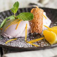Karpfen zu Weihnachten hat Tradition. Probier doch mal was Neues und präsentier die zarten Fischfilets knusprig ausgebacken in Tempurateig.
