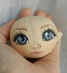 Doll Face Paint, Doll Painting, Doll Crafts, Diy Doll, Doll Shoe Patterns, Dolls For Sale, Sewing Dolls, Doll Eyes, Waldorf Dolls