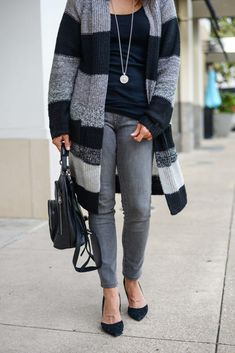 winter outfit | black striped cardigan | gray skinny jeans | Everyday Fashion Blog Lady in Violet #winterfashion #outfitideas #fallstyle