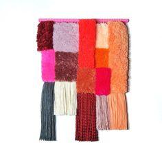 ❤❤❤Unique & fait main avec beaucoup damour!! ❤❤❤❤ Cette tapisserie colorée est délicatement tissé avec un tas de laine & de fils de coton et aussi un