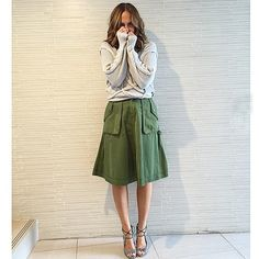 Today I'm in a skirt! #marcjacobs #aquazurra