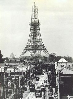 Japanese History, Japanese Culture, Historical Architecture, Art And Architecture, Old Pictures, Old Photos, Tokyo Tower, Japanese Cartoon, Japan Photo