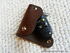 100% hand stitched handmade dark brown cowhide leather key purse / holder/ case