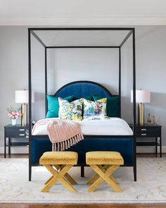 Sophisticated colors that pop! Bold bedroom design by Laura U Interior Design Colorful Interior Design, Colorful Interiors, Pink Desk Chair, Yellow Sofa, Sofa Colors, Front Rooms, Modern Bedroom Design, Beige Walls, Office Interiors