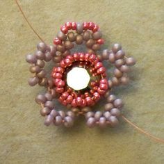 Beads By Becs - Mrs Picklefish Designs: Friday Flower Freebie!