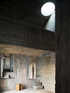 Gallery of Loba House / Pezo von Ellrichshausen - 14