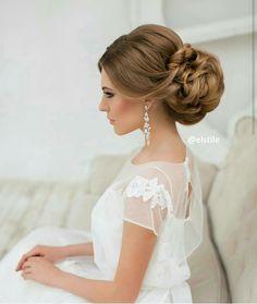 Hairdo for to be classy Hairdo Wedding, Short Wedding Hair, Wedding Hair And Makeup, Hair Makeup, Bridal Hair Tips, Bridal Hair Updo, Bride Hairstyles, Pretty Hairstyles, Fall Hair Cuts