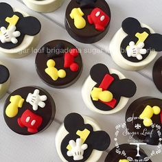 62 ideas cake fondant mickey mouse first birthdays for 2019 Bolo Do Mickey Mouse, Mickey E Minie, Mickey Mouse First Birthday, Mickey Mouse Cupcakes, Mickey Cakes, Mickey Mouse Parties, Disney Parties, Pastel Mickey, Oreo Treats