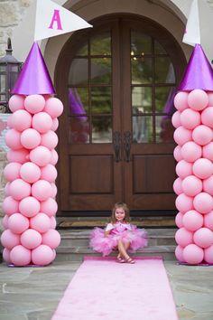 Torres de castillo para la fiesta de tu princesa.