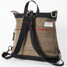 Backpack interchangeable as a messenger in Green Herringbone Harris Tweed