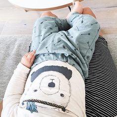 """""""Herlig stilling, og herliiiiig outfit! Elsker kombinasjonen med bamse-body og pil-buksa fra Lindex! To store personlige favoritter denne sensommeren☀️✨ Bodyen koster 129,- og buksa 99,-, og begge kommer i strl. 62-86! Regram: @ane_h_  #fashionforminis1 #babyfashion #kidsfashion #cool #sweet #baby #mini #kids #fashion #autumn #style #loveit #littlelindex #lindexkids"""" Photo taken by @fashionforminis on Instagram, pinned via the InstaPin iOS App! http://www.instapinapp.com (08/22/2015)"""