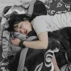 Irmã do Jin - ngantuk Korean Boys Ulzzang, Cute Korean Girl, Ulzzang Couple, Ulzzang Boy, Asian Girl, Park Bo Young, Girl Sleeping, Uzzlang Girl, Korean Couple