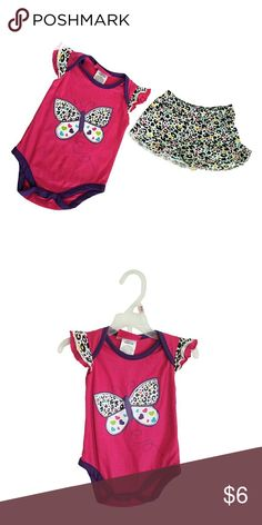 Baby Paris Butterfly Leopard Pink Bodysuit Set Baby Paris Butterfly Leopard Pink Bodysuit Bodysuit and shorts Size 12 Mos 60% Cotton 40% Polyester Machine wash cold Brand New Baby Paris One Pieces Bodysuits