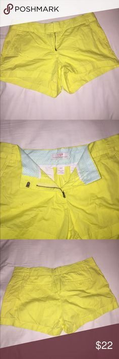 "JCrew lightweight lemon yellow chino shorts adorable lemon yellow JCrew lightweight ""Broken-In"" chino shorts. 3"" inseam, front slant pockets, 100% cotton. great used condition. J. Crew Shorts"