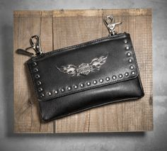 Keep essentials safe and close while riding with this leather looker. | Harley-Davidson Women's Winged Bar & Shield Logo Hip Bag