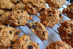 Μπισκότα με βρώμη και υπερτροφές http://pepiskitchen.blogspot.gr/2014/05/biskota-me-vromi-kai-ypertrofes.html