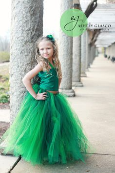Emerald Green Dress that looks so beautiful.