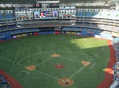Detailed information about and pictures of the Rogers Centre in Toronto. Shea Stadium, Yankee Stadium, Baseball Park, Baseball Field, Rogers Centre, Mlb Stadiums, Stadium Tour, Washington Nationals, Wonderful Picture