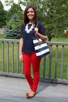 Take a look at stylish work outfits with red pants in the photos below… Cute Office Outfits, Stylish Work Outfits, Summer Work Outfits, Business Casual Outfits, Professional Outfits, Cute Outfits, Summer Teacher Outfits, Summer Wardrobe, Red Pants Outfit