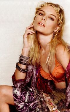Kate Bosworth, favorite actress from blue crush. :)