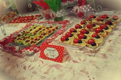 Snacks at a Ladybug Party #ladybug #party