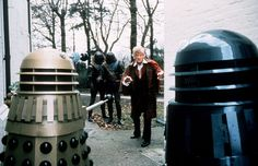 My First Job: Delivering Doctor Who's Daily Newspaper Doctor Who Dalek, All Doctor Who, Jon Pertwee, William Hartnell, Sci Fi Series, Christopher Eccleston, First Job, Classic Series, Blue Box
