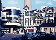Liverpool Picturebook: Williamson Square nowQueens square now a big matalan Liverpool