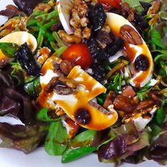 Ensalada de canónigos con frutos secos al Ron Montero / Lamb's lettuce salad with nuts to Ron Montero, by @ronmontero