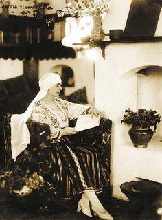Queen Marie of Romania, completely unposed