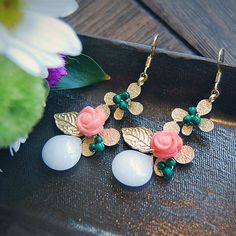 E10 Pink Coral & White Jade earring