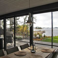Summerhouse with big windows My Home Design, House Design, Summer House Interiors, Cosy Home, Summer Cabins, Lakeside Cottage, Weekend House, Tiny House Cabin, Alvar Aalto