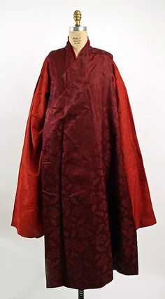 Ensemble, 1800–1939. Tibetan. The Metropolitan Museum of Art, New York. Gift of Miss Irene Lewisohn and Mrs. Alice Lewisohn Crowley, 1939 (C.I.39.91.33a–f)