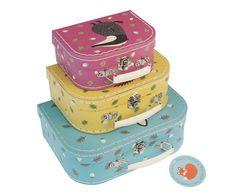 Set of decorative suitcases. Tutete.com