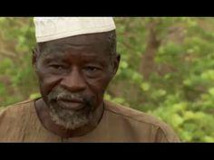El Hombre Que Frenó El DesiertoMás de 3 millones de hectáreas de tierras burkinesas estériles han sido rehabilitadas. Yacouba Sawadogo es una de las personas que han contribuido a ello. Desde que en los años 1970, las poblaciones de Burkina Faso huyen del avance del desierto. Este nativo del pueblo de Gourga sólo tiene un objetivo en mente: repoblar la región.