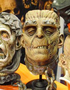 Halloween Porch, Halloween Horror, Halloween Themes, Halloween Crafts, Halloween Stuff, Monster Tattoo, Monster Mask, Horror Masks, Horror Art